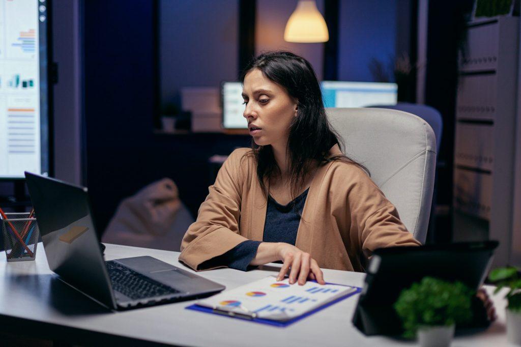 Entrepreneur reading project deadline